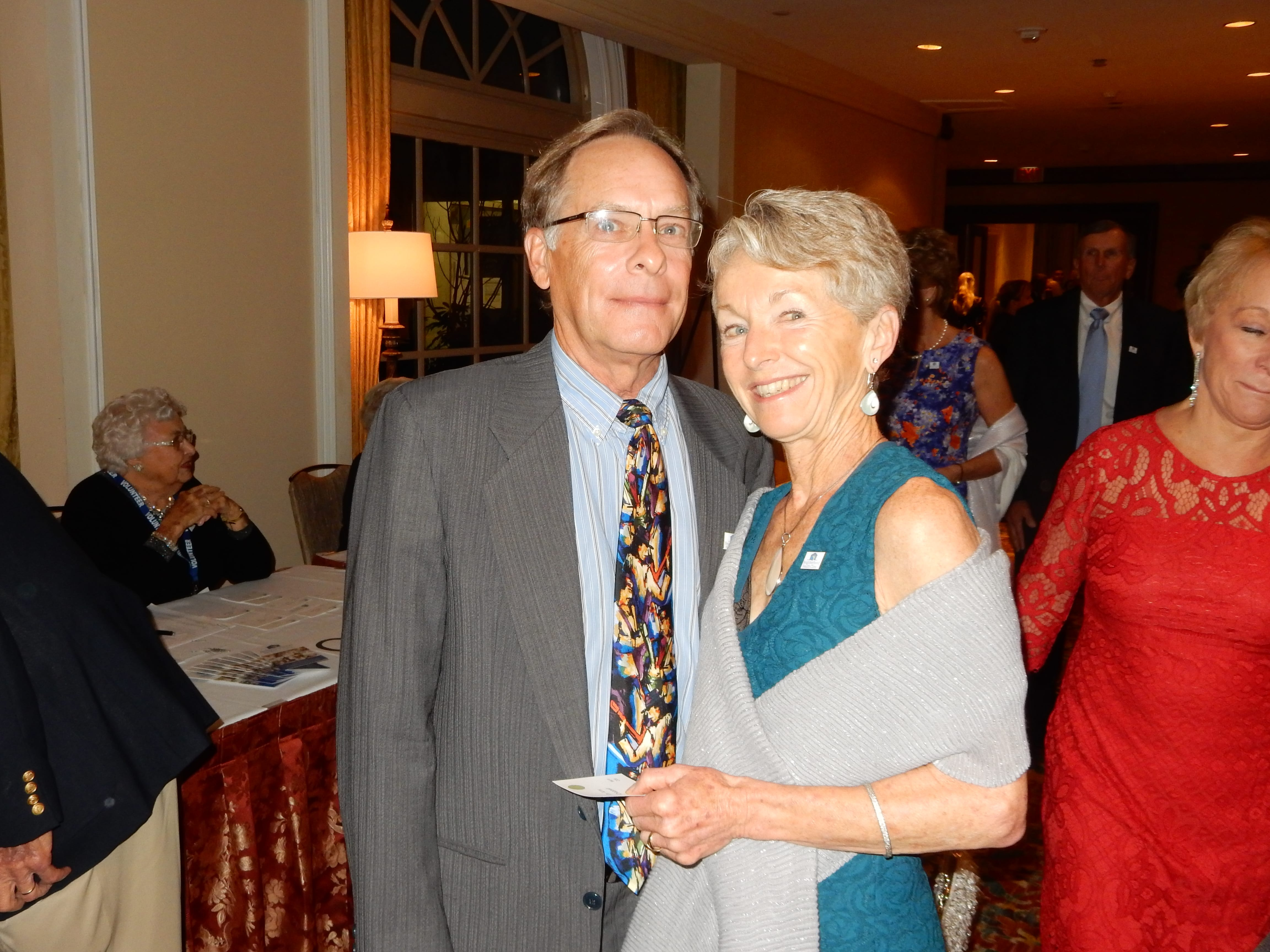 Dr. Amy and Greg Chappell (2)